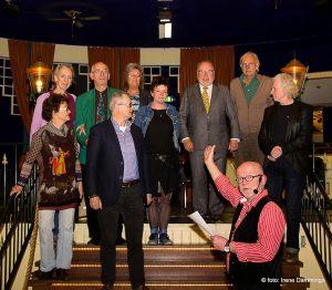 <b>Groep dichters op bevrijdingspodium, Nederlands Dichterspodium 2015</b>