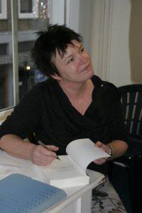 <b>Hilma Bruinsma Signeert keerkring of rondwaren in tijd</b>