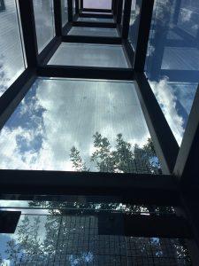 Zes glazen torens